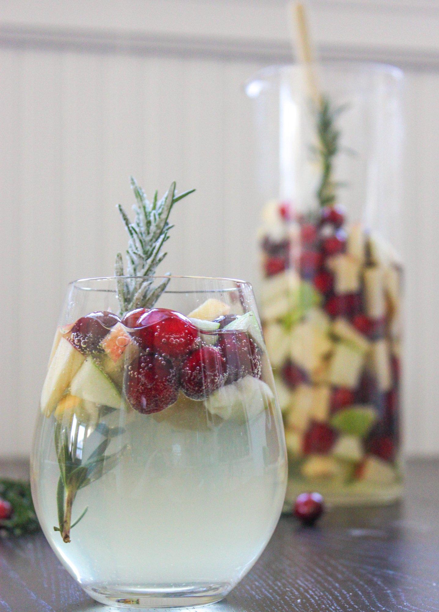 Christmas Sangria.Cranberry Rosemary White Christmas Sangria