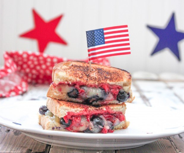 Berries & Cheddar Grilled Cheese