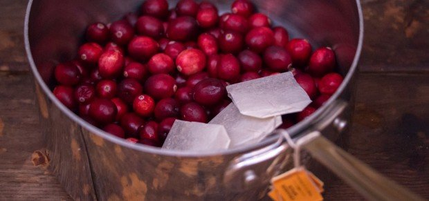 Fresh Cranberries & Tea