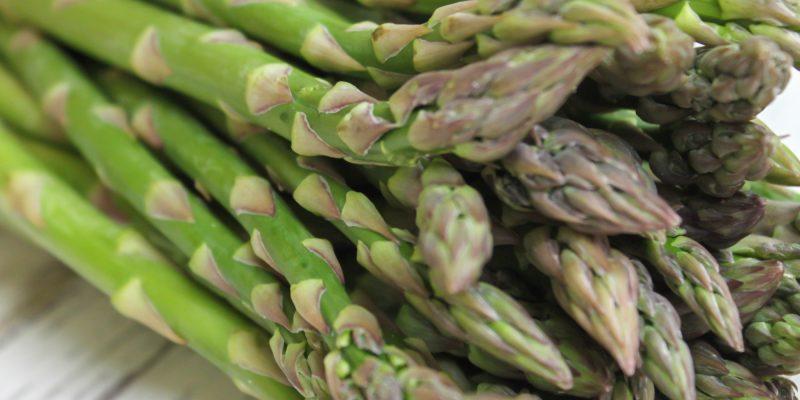 How to Cut Asparagus (2 Ways)