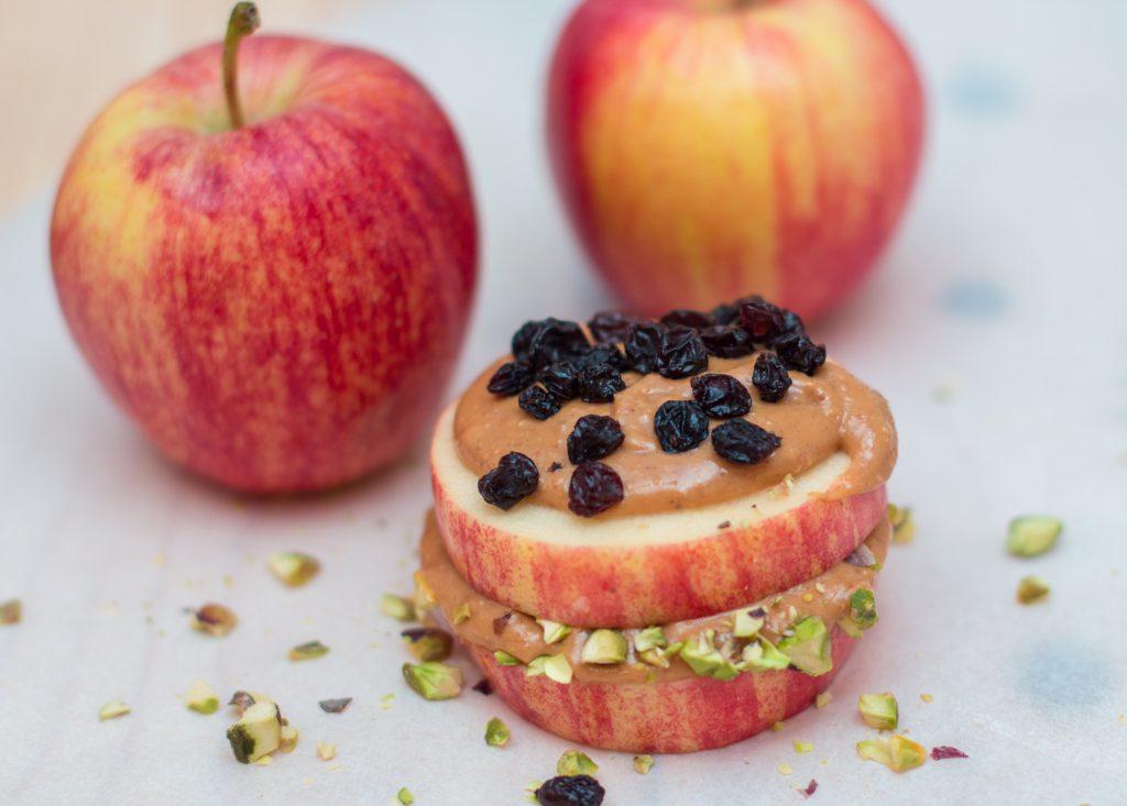 Apple Pistachio Currant 1