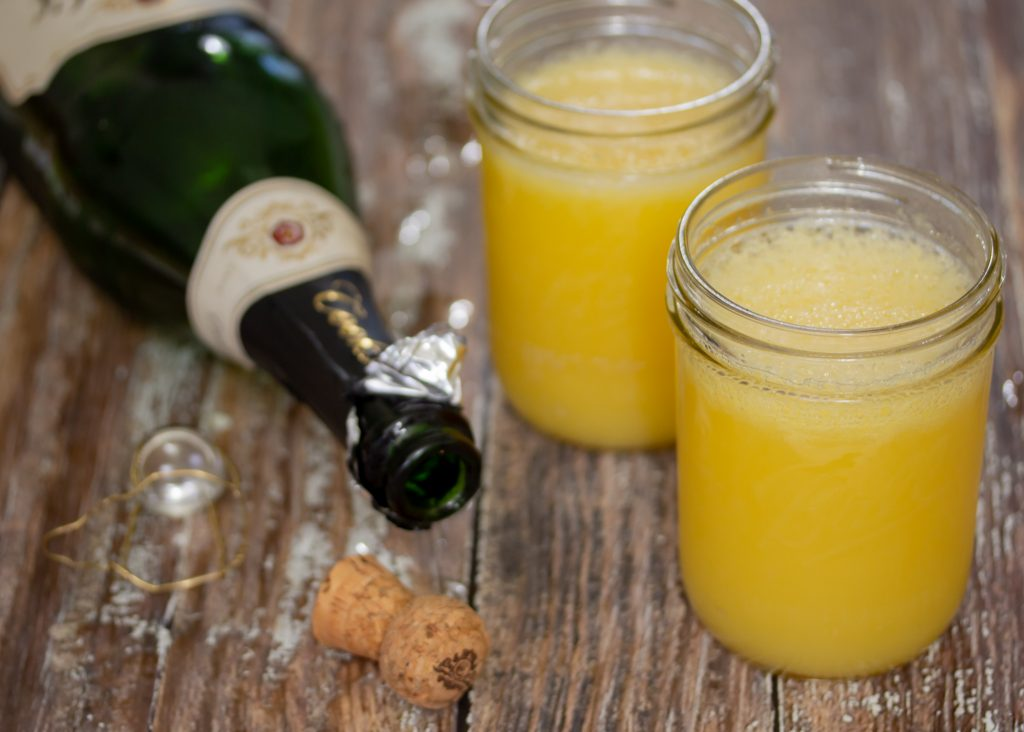 Classic Mimosa Cocktail Recipe Main 2
