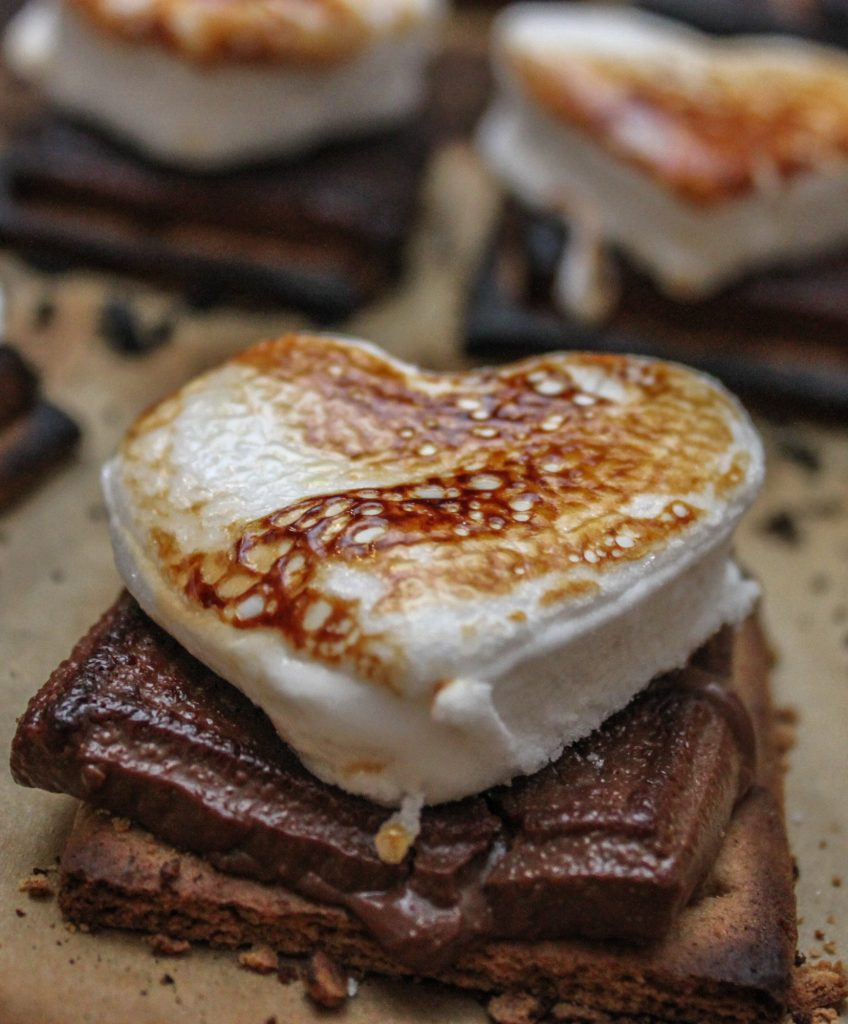 Gooey Valentines Day Baked Smores Full 1