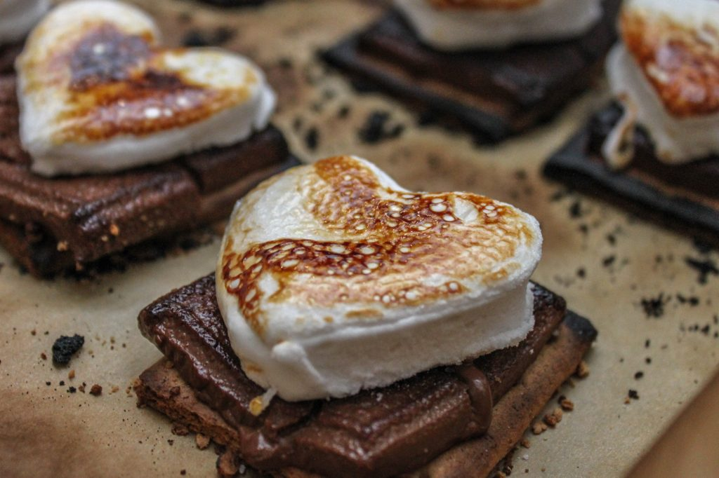 Gooey Valentines Day Baked Smores Main 1