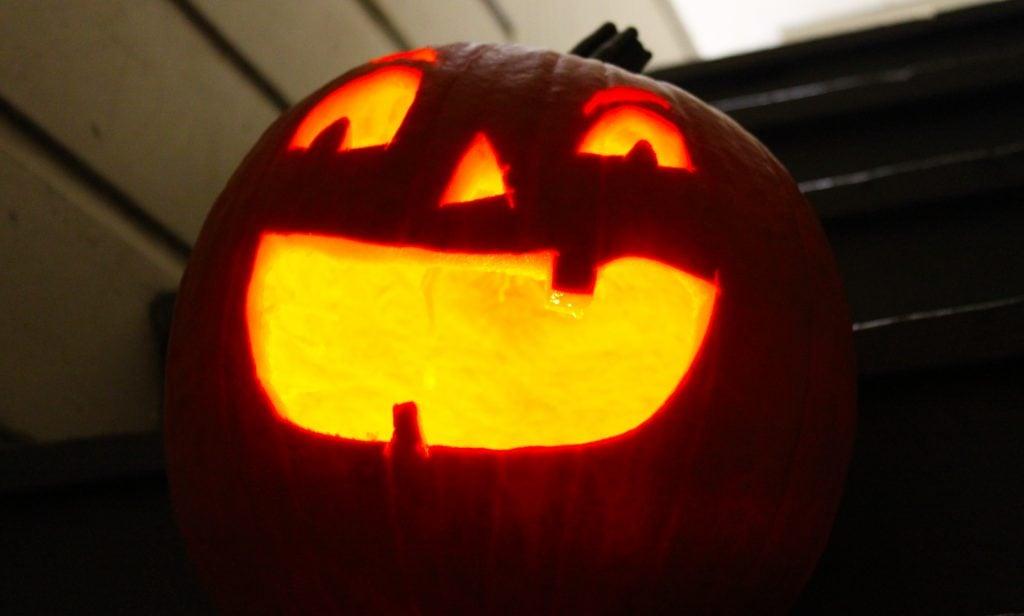 How to Carve a Pumpkin 1