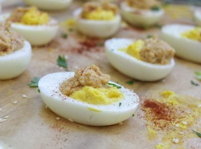 Hummus Deviled Egg 4 1