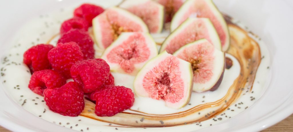 Raspberries Figs Yogurt 1