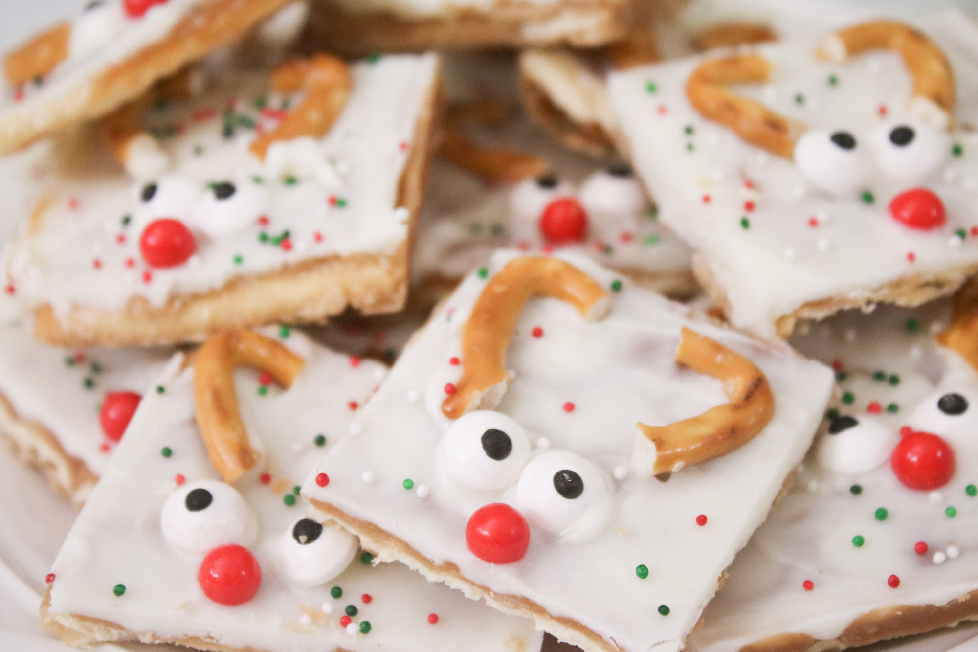 White Chocolate Toffee Reindeer Christmas Crack 1