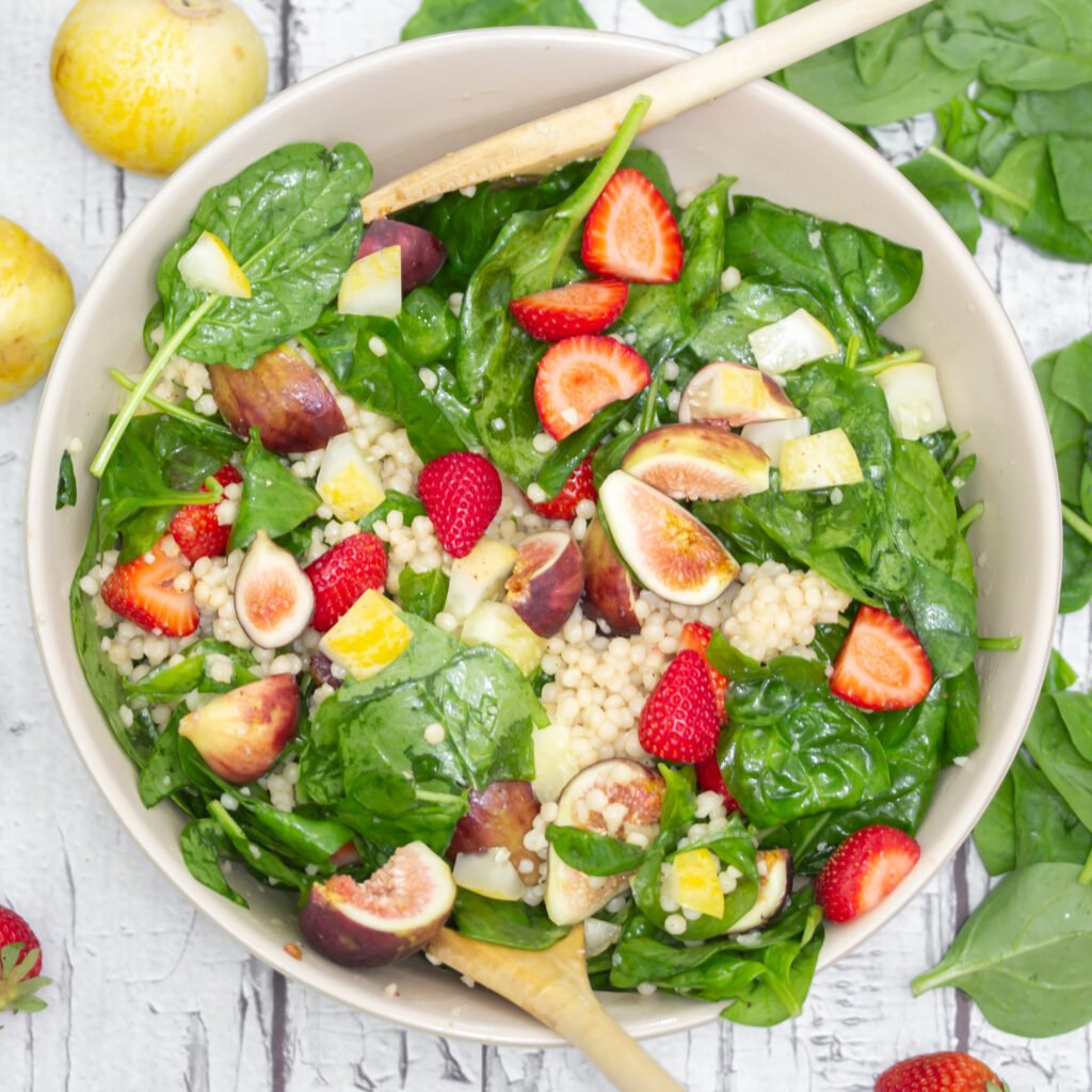 Fig, Strawberry & Spinach Salad Recipe
